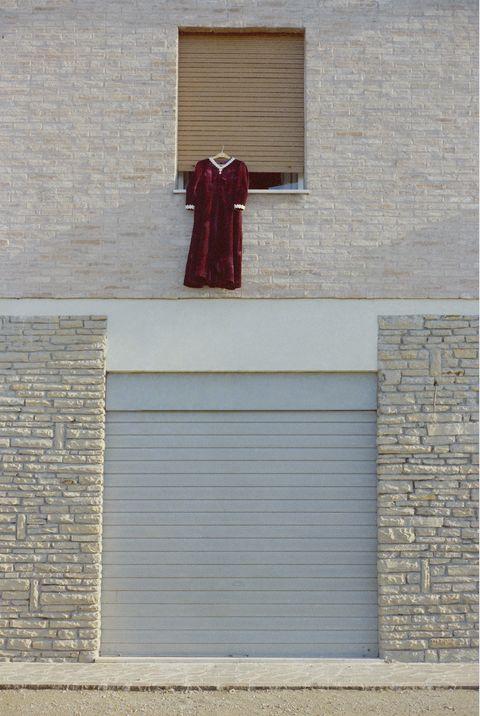 Luigi Ghirri, vestito donna