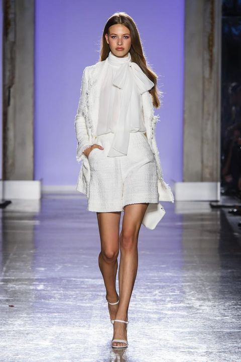 Luisa Spagnoli Primavera Estate 2019  la collezione must have in una ... dd639722ba3