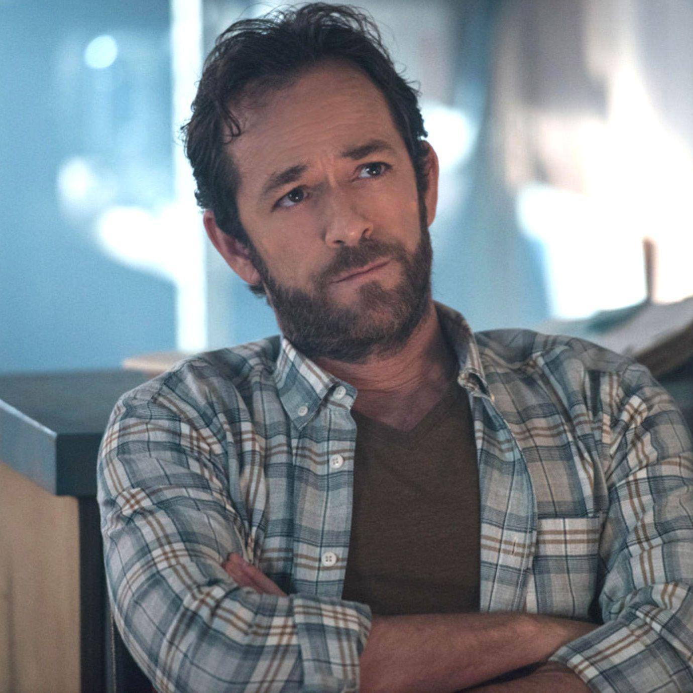 "Riverdale star says ""beautiful"" Luke Perry season 4 tribute doesn't feel like a usual episode"