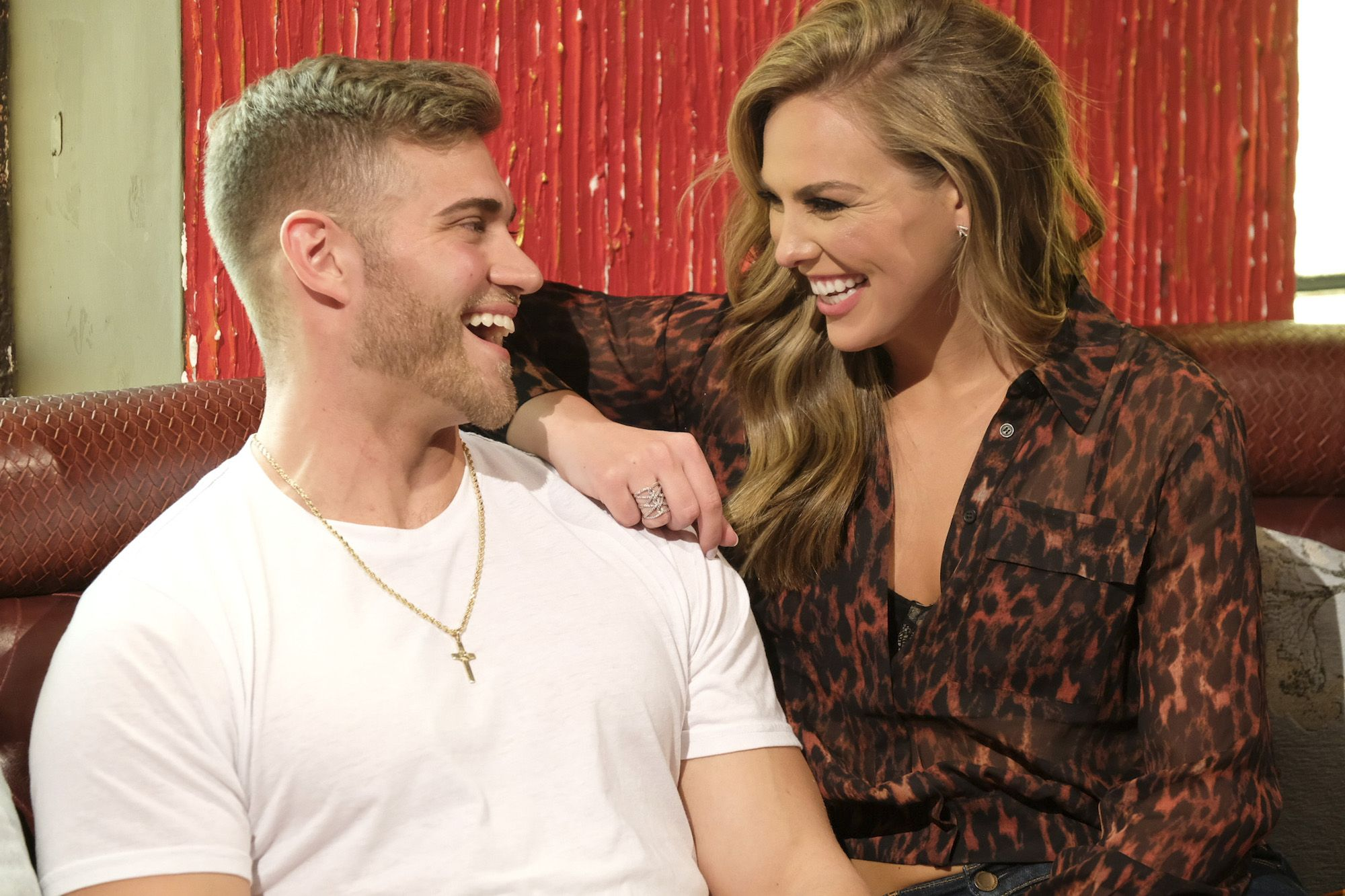 Need Proof That Hannah Should RUN From Luke P.? Check Out These 6 Warning Signs