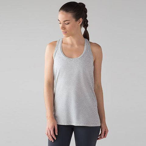 Clothing, White, Shoulder, Sleeveless shirt, Neck, T-shirt, Sleeve, Top, Outerwear, Muscle,