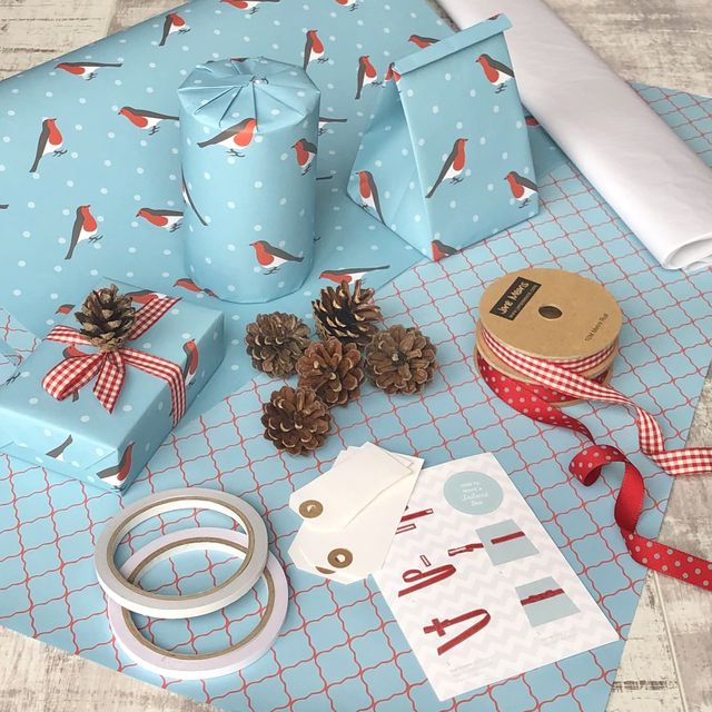 country living gift wrapping set