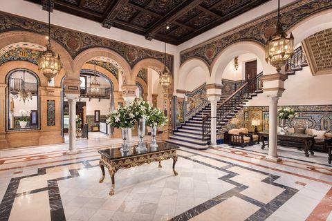 lobby hotel alfonso xiii sevilla