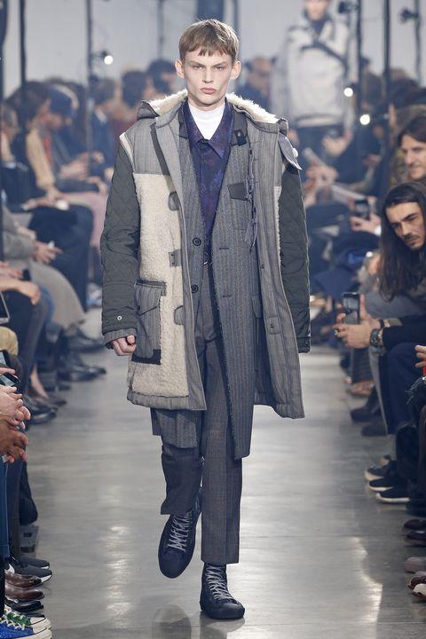 Fashion, Runway, Fashion model, Fashion show, Clothing, Overcoat, Coat, Outerwear, Human, Winter,