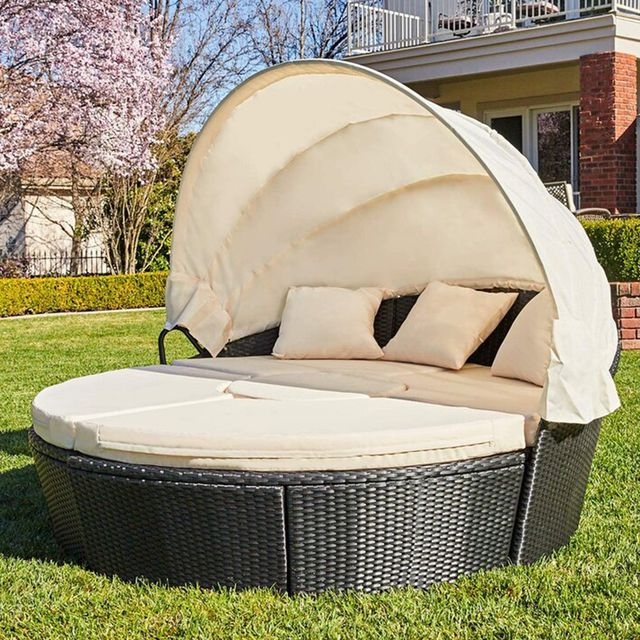 round outdoor cabana daybed