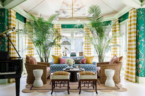 Inside The Lake Forest Showhouse Gardens 2020