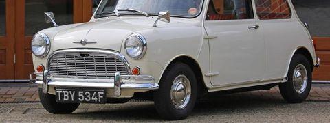 Land vehicle, Vehicle, Car, Classic car, Motor vehicle, Subcompact car, Mini, Classic, Sedan, Antique car,
