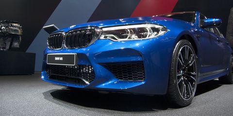 Land vehicle, Vehicle, Car, Blue, Luxury vehicle, Bumper, Bmw, Performance car, Automotive exterior, Grille,