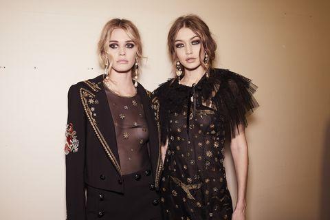 Jewellery, Sleeve, Collar, Dress, Fashion accessory, Necklace, Fashion, Blazer, Day dress, Embellishment,