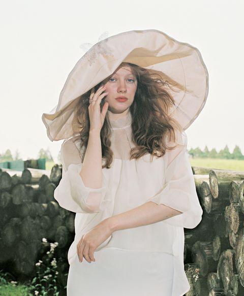 ウェディングドレス、アンテリーベ