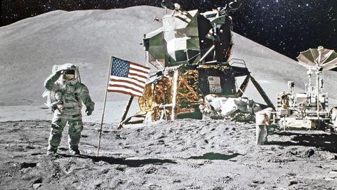 Wie is de eigenaar van de maan