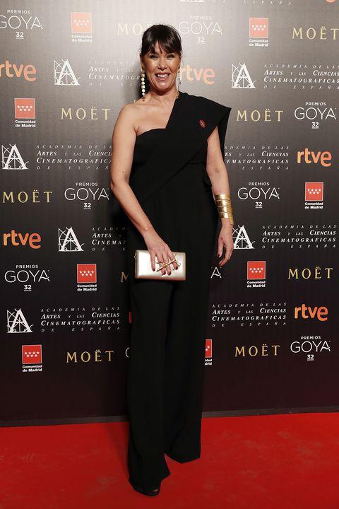 la actriz mabel lozano en un photocall en la 32ª gala de los goya