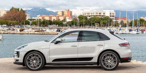 Land vehicle, Vehicle, Car, Motor vehicle, Sport utility vehicle, Rim, Luxury vehicle, Automotive design, Porsche, Supercar,