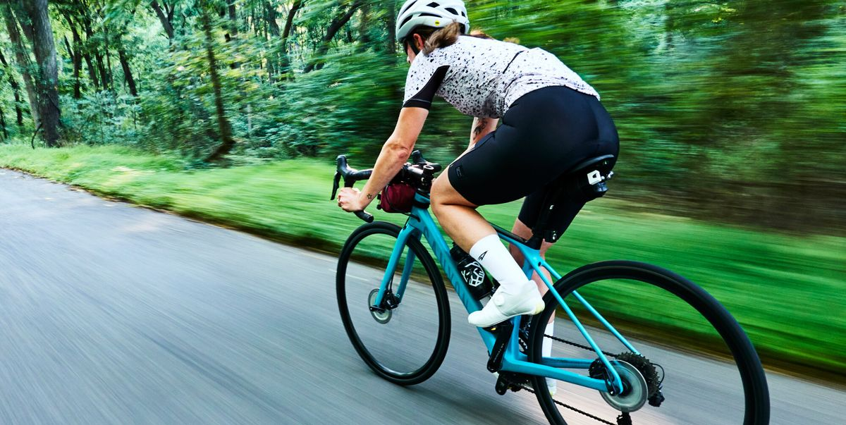 Dear New Cyclists, Don't Wear Underwear With Bike Shorts