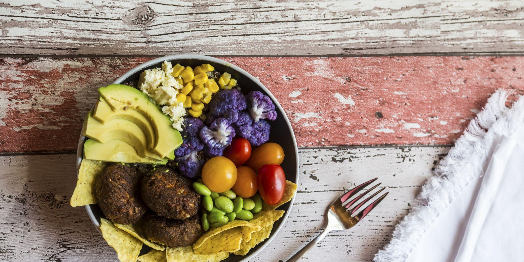 Quinoa veggie bowl - Macros Calculator