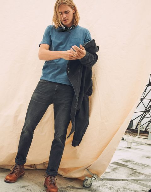 Jeans, Clothing, Denim, Leg, Standing, Sitting, Fashion, Photo shoot, Footwear, Blond,