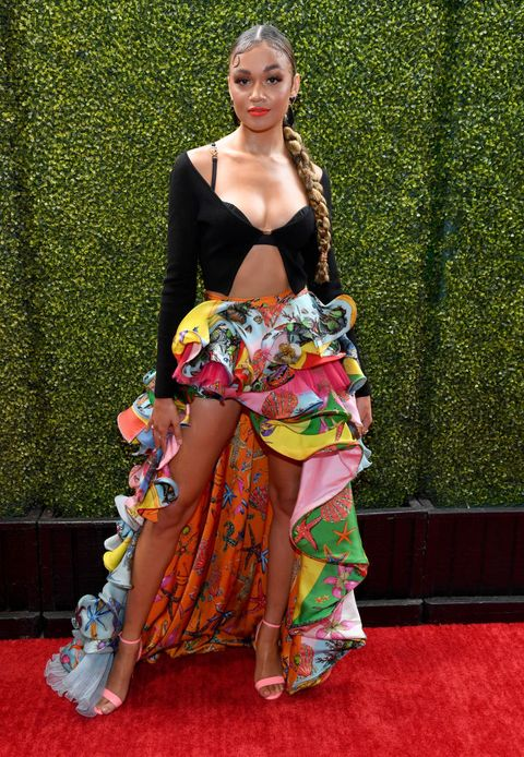 beste fashion beauty looks mtv awards 2021