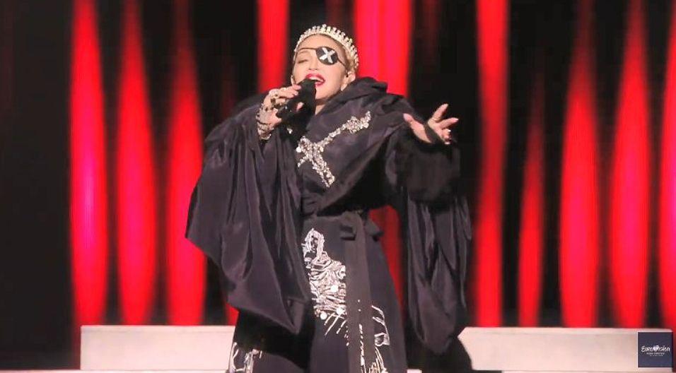 Madonna no convence en su actuación de Eurovision