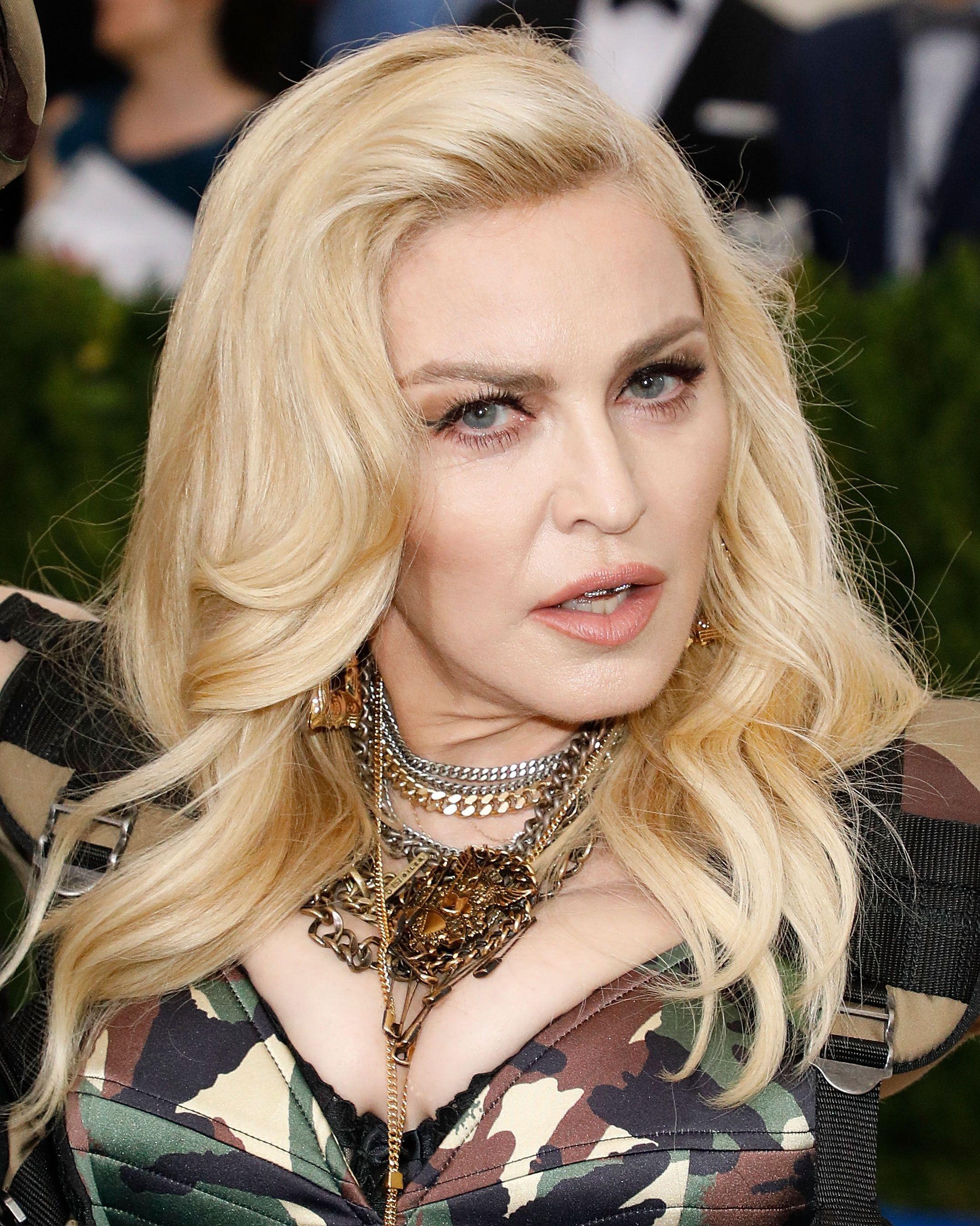 Nude Madonna Icloud, Video Boobs-8403