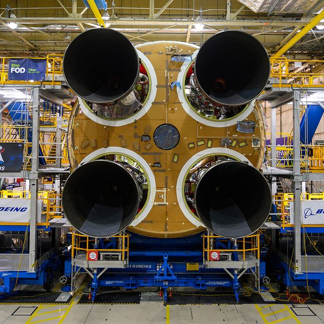 nasa space launch system engines