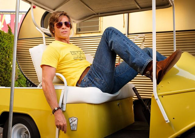 brad pitt als cliff booth in once upon a time in hollywood