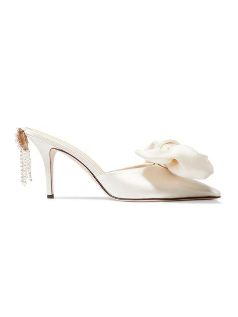 Footwear, White, Bridal shoe, Slingback, High heels, Beige, Shoe, Sandal, Court shoe,