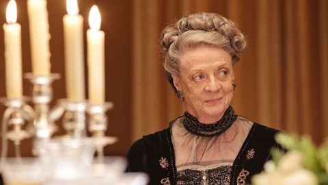 "Maggie Smith es Violet en ""Downton Abbey"""