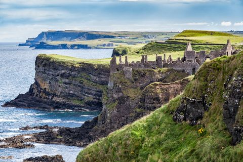Magheracross Viewpoint. Dunluce Castle