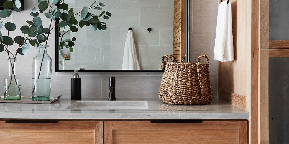 is joanna gaines a certified interior designer