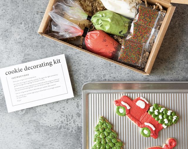 joanna gaines magnolia cookie decorating kit