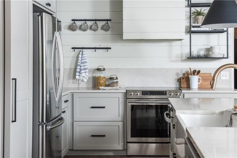 Countertop, Cabinetry, Room, White, Kitchen, Furniture, Property, Interior design, Tile, Floor,