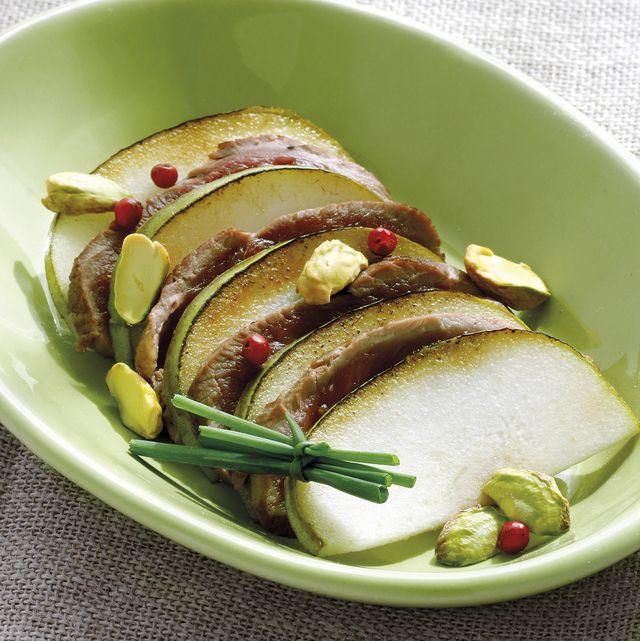 magret de pato con frutas