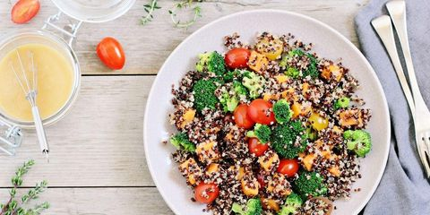 5 High-Protein Foods Nutritionists Want You To Eat More Of.