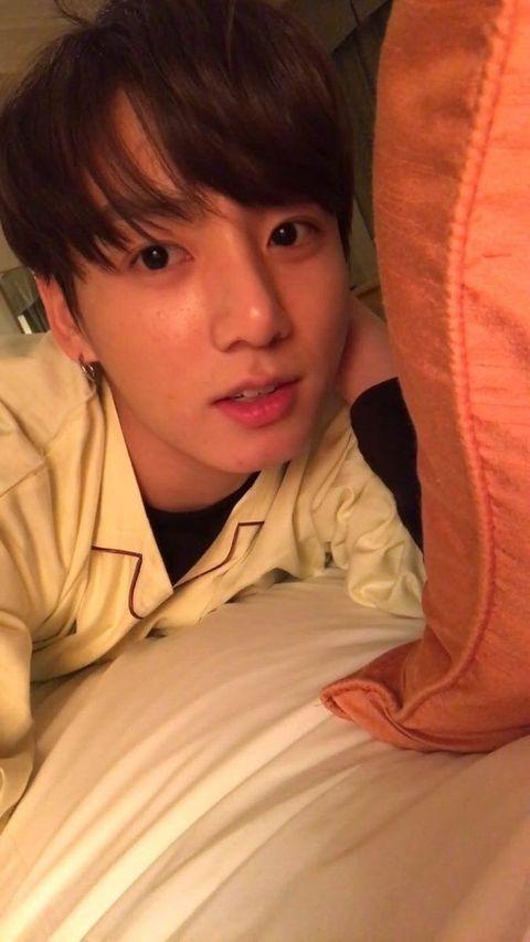 bts jungkook without makeup