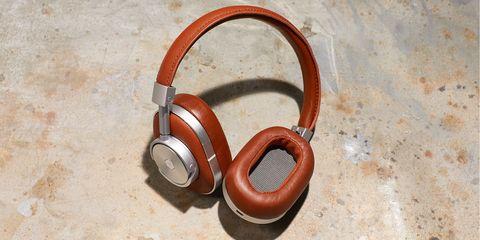 Headphones, Audio equipment, Gadget, Technology, Electronic device, Ear, Fashion accessory, Wood, Headset, Audio accessory,