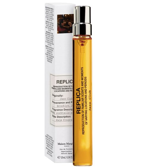 Product, Cosmetics, Material property, Spray, Liquid, Moisture,