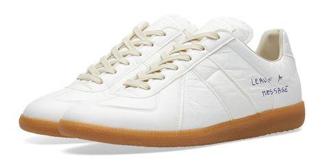 Footwear, White, Shoe, Outdoor shoe, Sneakers, Product, Walking shoe, Beige, Athletic shoe, Plimsoll shoe,