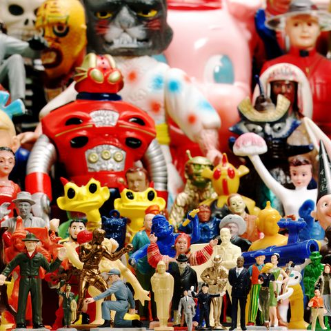 make money collecting - action figures