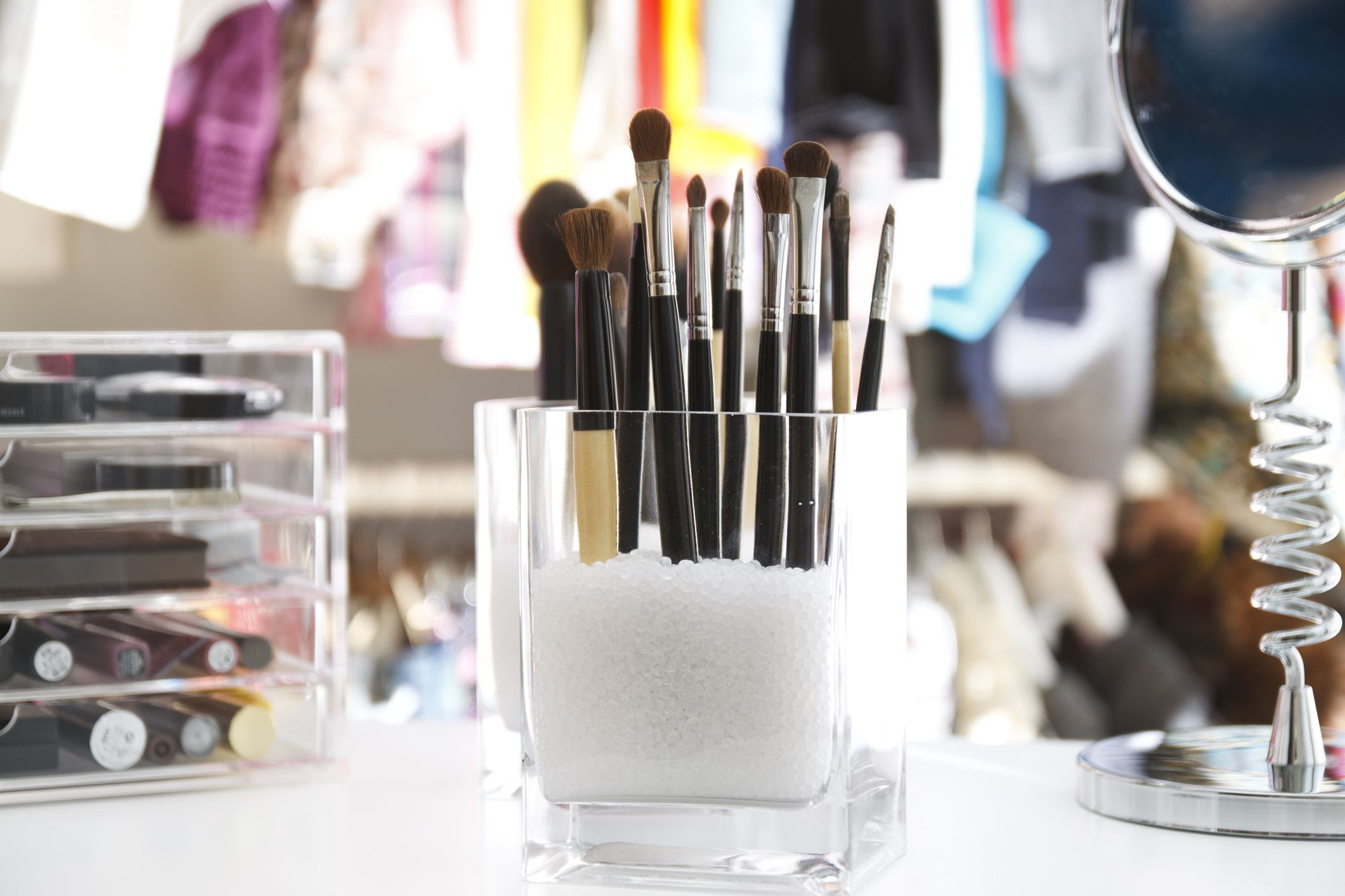 15 Creative Makeup Storage Ideas to Clear the Clutter Once and for All