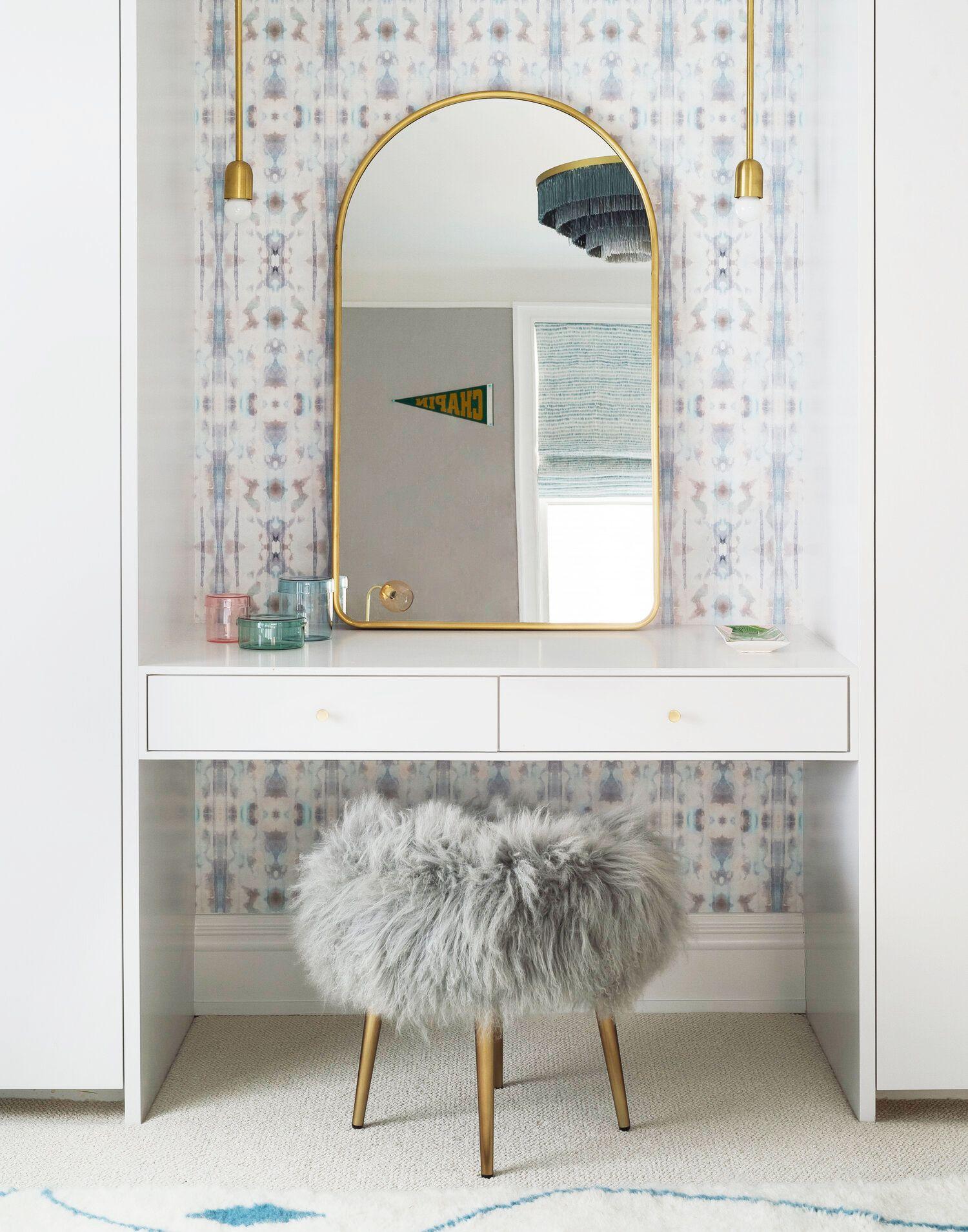 11 Stylish Makeup Vanity Ideas Table Organization Tips