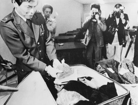Risultati immagini per paul mccartney arrested in japan
