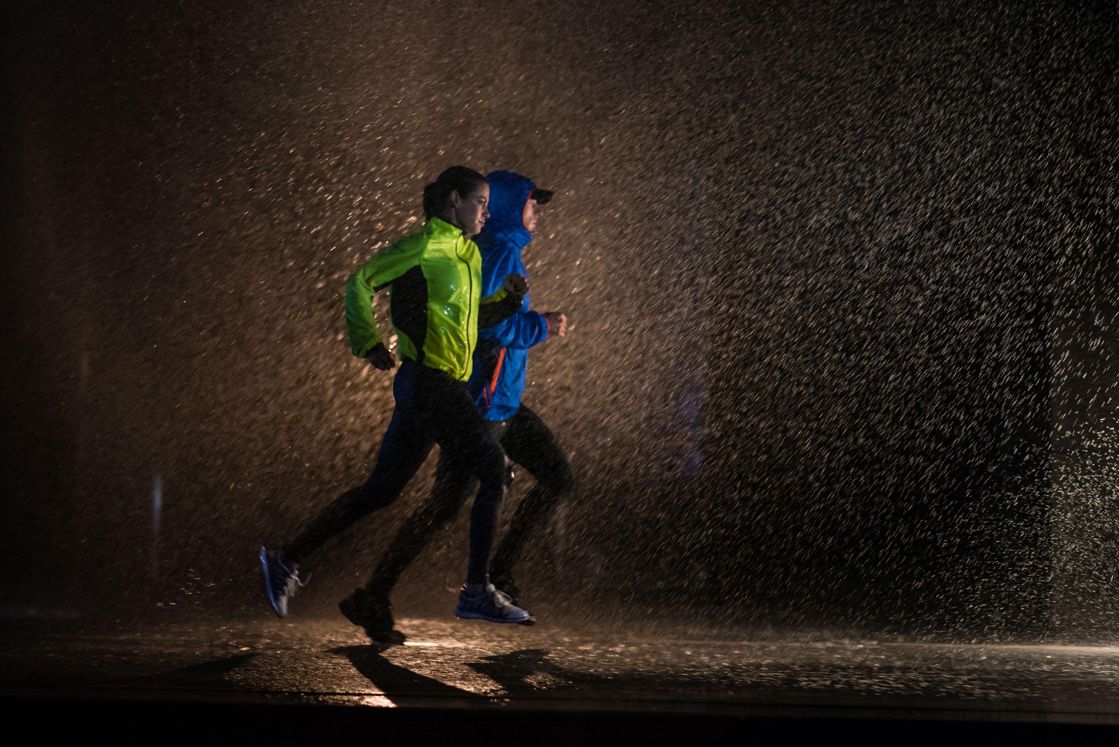 Licht Voor Hardlopen : Handige tips voor hardlopen in de regen