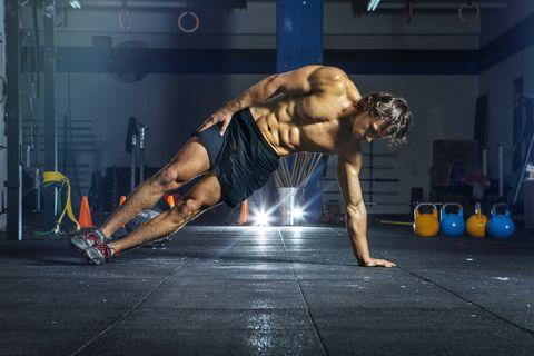 plancha para ganar músculo