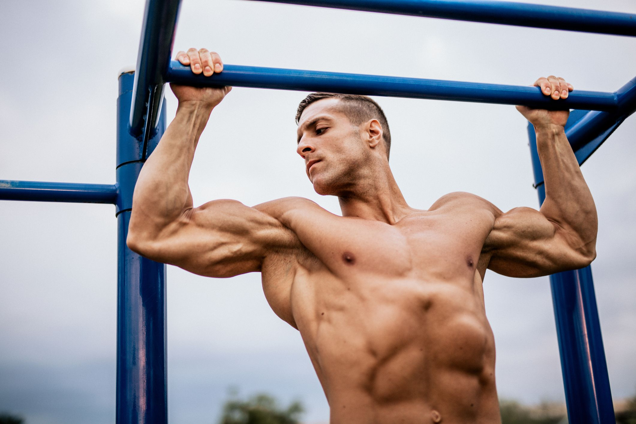 This Playground Bodyweight Workout Builds Strength and Size