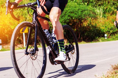 How to Fix the Most Common Causes of Cycling Knee Pain