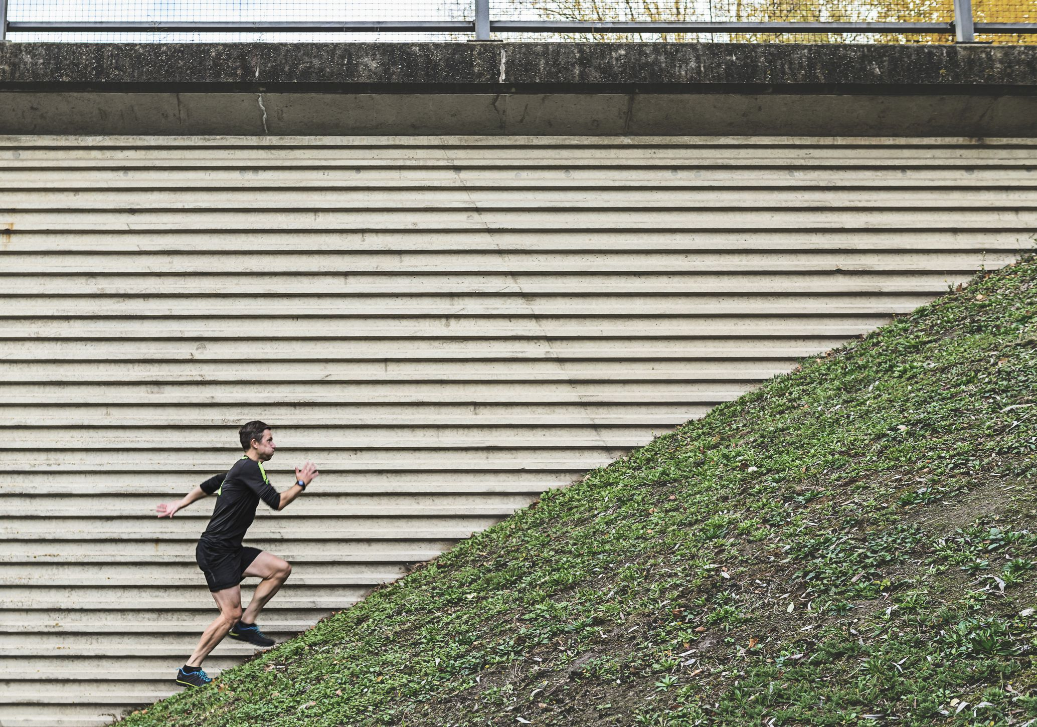 Can running hills replace lifting weights?