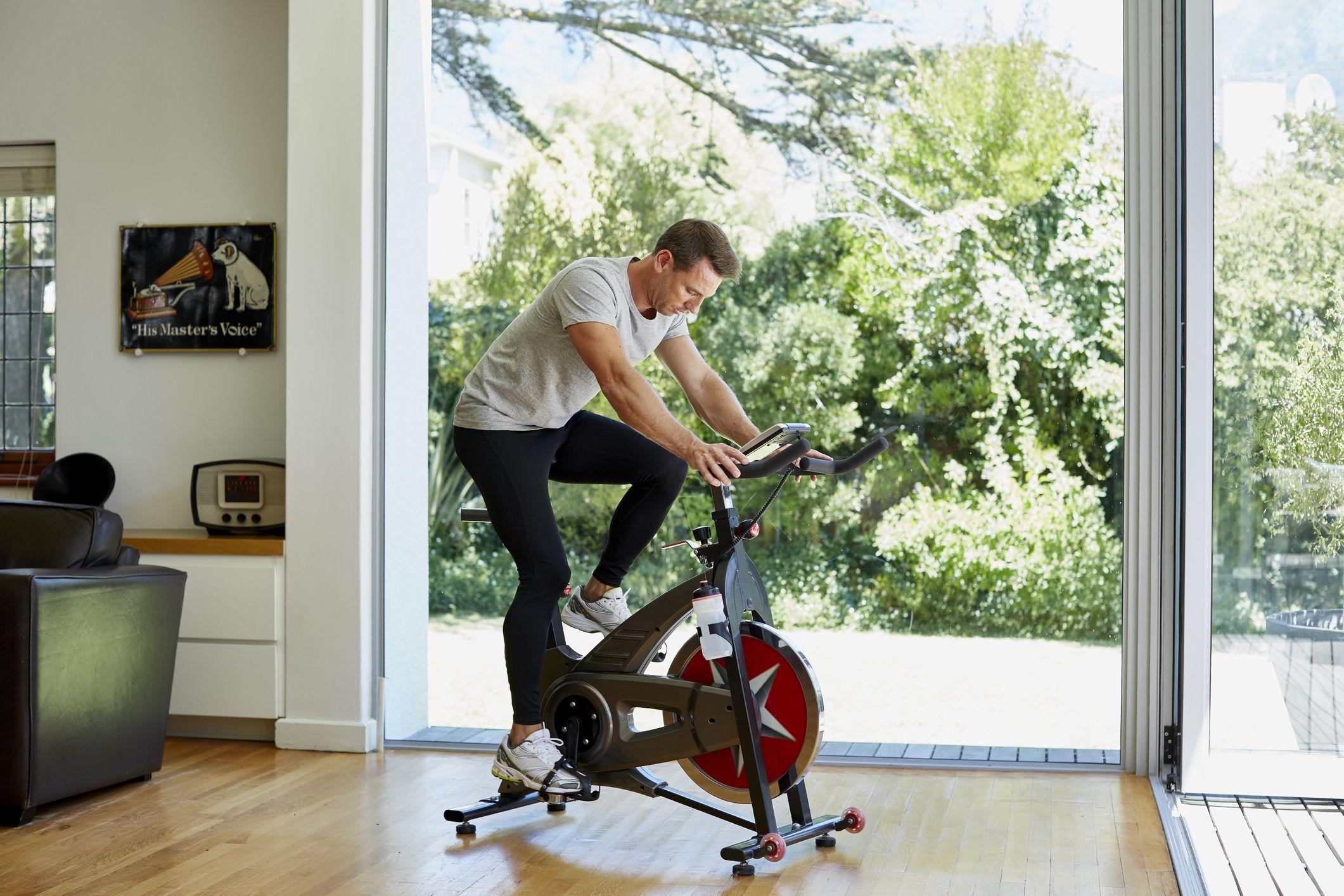 está pedaleando solo lo suficiente para perder peso