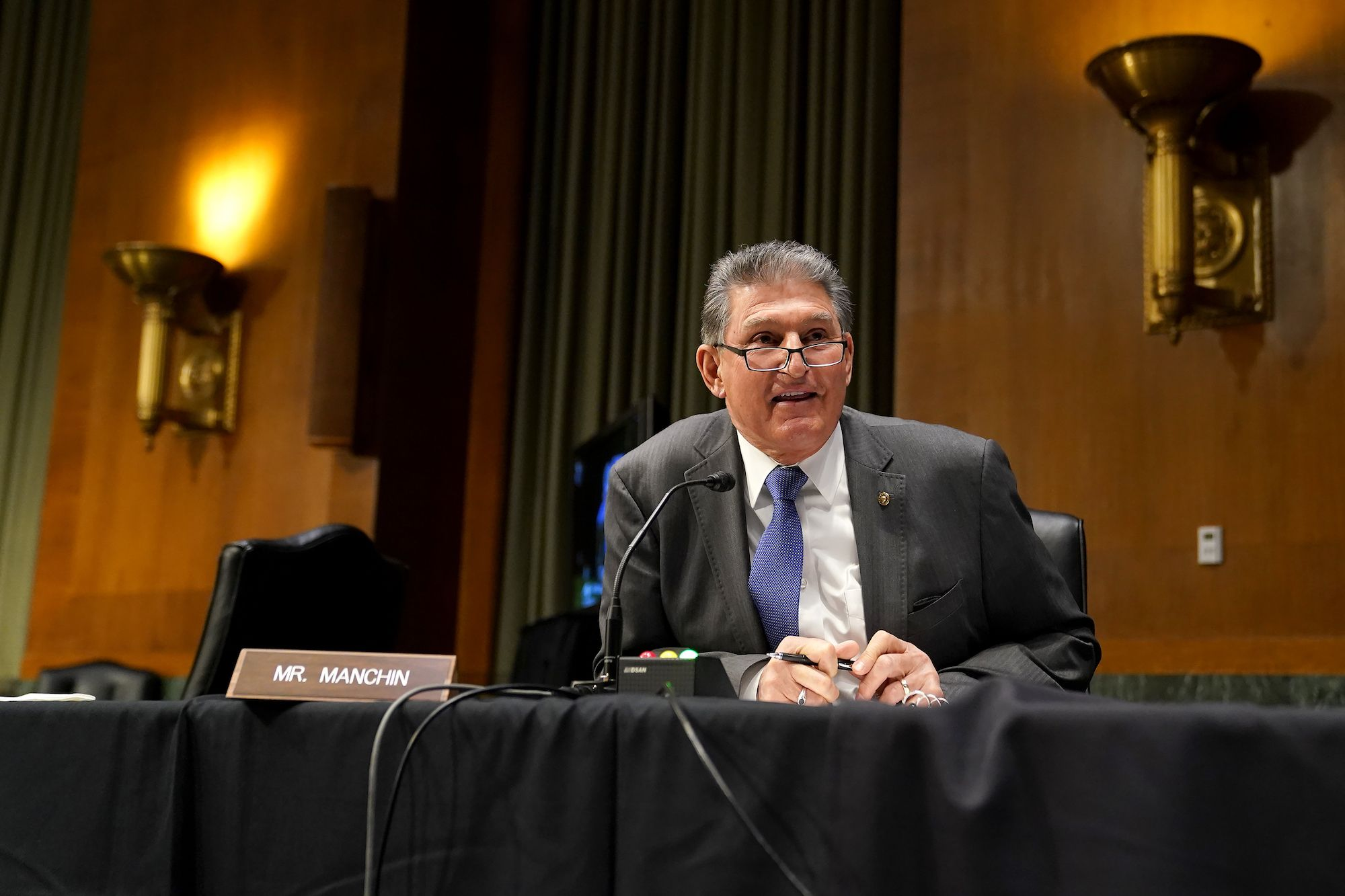 Republicans Greeted Joe Manchin's Bipartisan Happy Talk By Demonstrating They Are Insane
