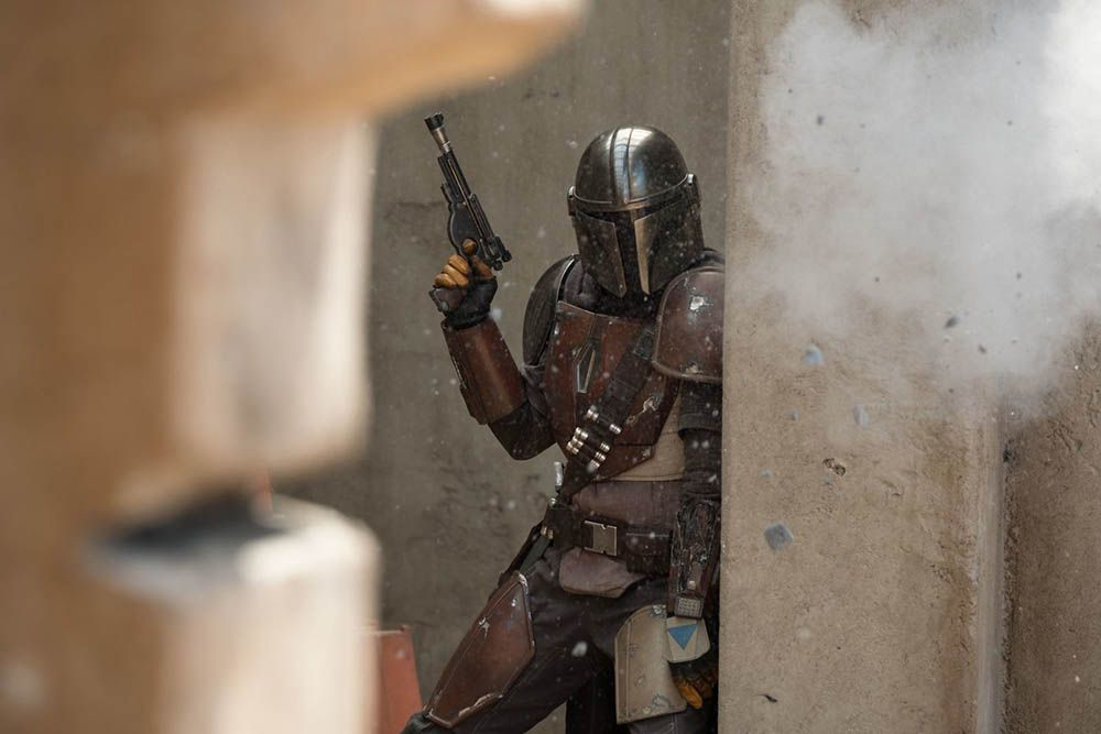 Star Wars: The Mandalorian director teases episode 2 following THAT bombshell twist