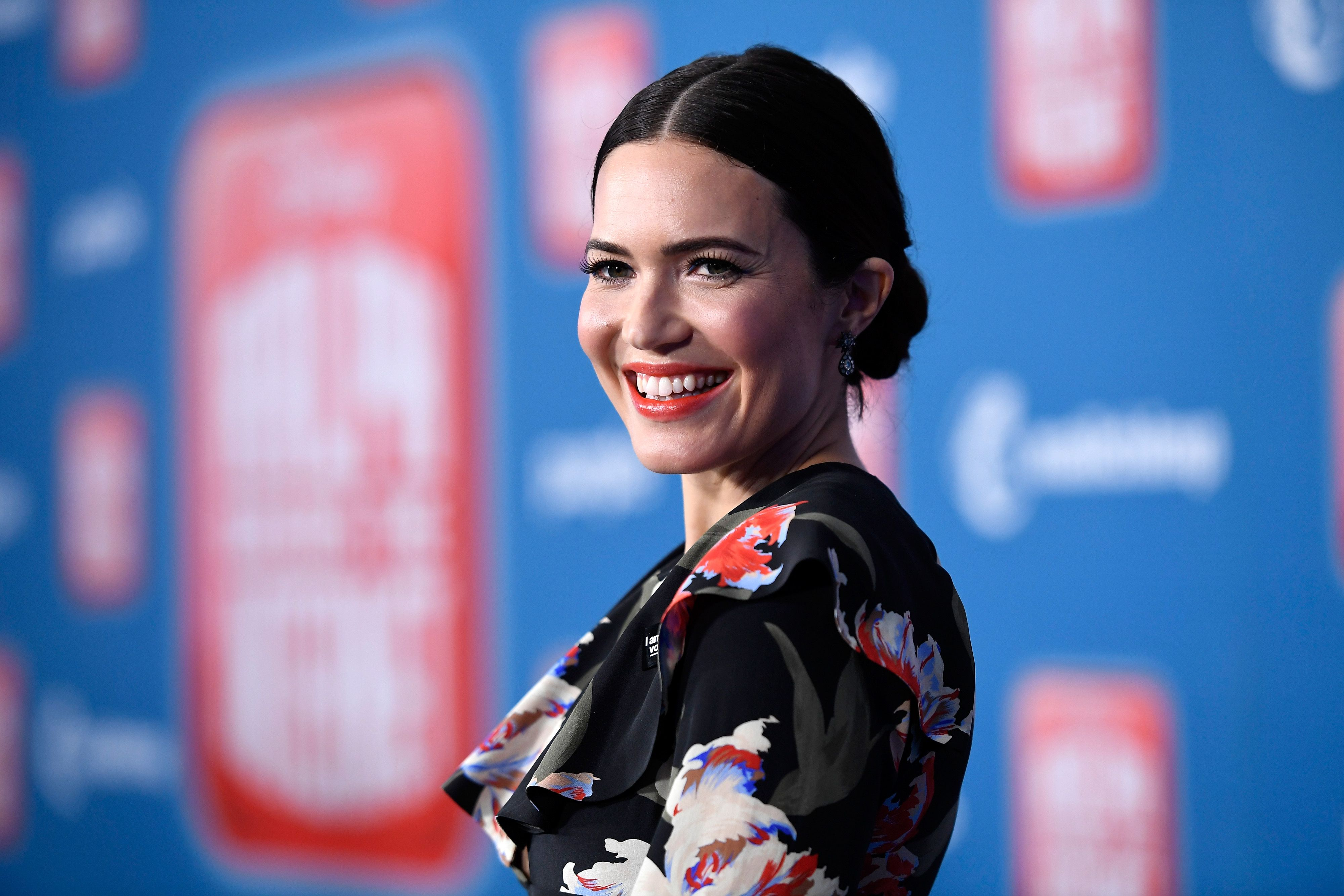 """The Lyrics to Mandy Moore's """"When I Wasn't Watching"""" Are All About Personal Growth"""